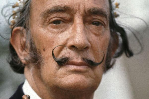 Усы Сальвадора Дали сохранили свою форму после смерти