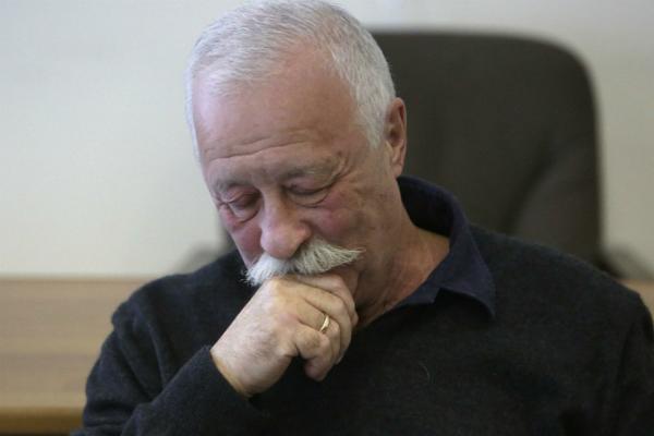 Премьеру спектакля сЛеонидом Якубовичем отменили из-за его неожиданной болезни