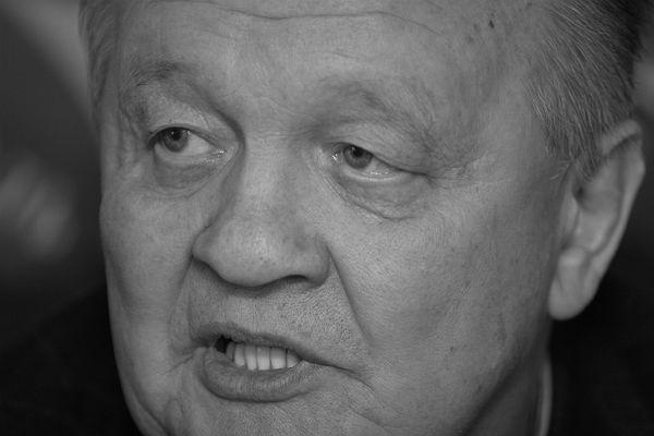 Цирк вСочи посоветовали назвать вчесть Мстислава Запашного