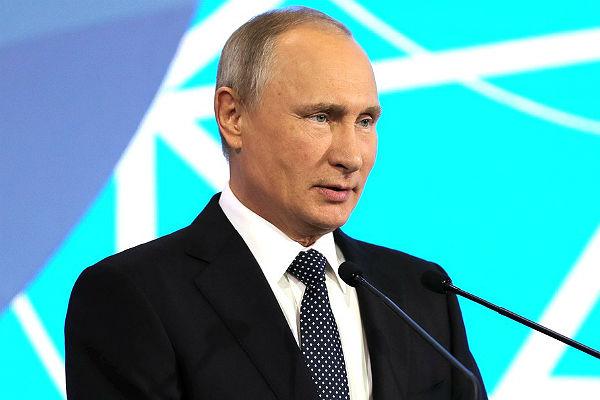 Путин поручил организовать наибольшее  число недорогих  билетов наЧМ
