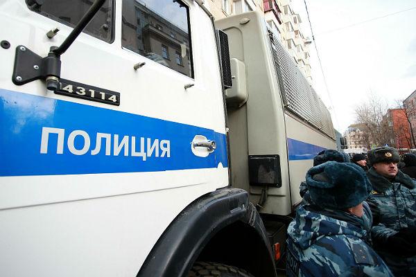 Милиция в российской столице подъезды кместам гуляний заблокирует грузовиками