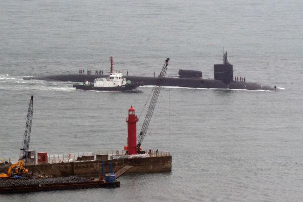 КНДР пригрозила потопить атомную подводную лодку США