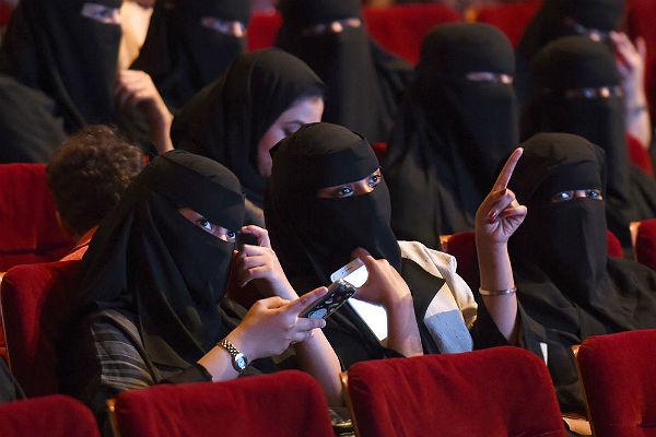 ВСаудовской Аравии разрешили социальные кинотеатры