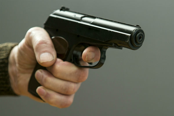 В Москве мужчина застрелил сотрудницу офиса и покончил с собой