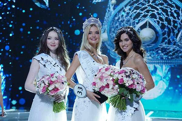 Звание «Мисс Россия-2017» завоевала Полина Попова
