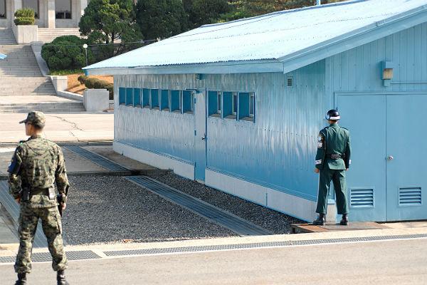 Северокорейский солдат был ранен вовремя побега вЮжную Корею