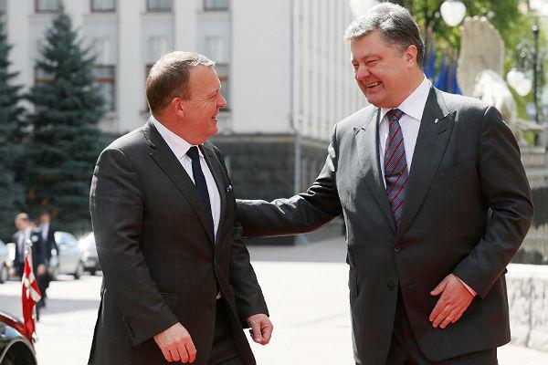 Удалось согласовать «алгоритм освобождения» Савченко— Порошенко