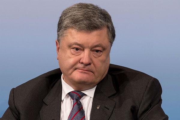 Порошенко: Блокада уничтожила Украинское государство наДонбассе