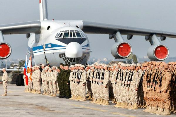 Командующий группировкойРФ перечислил войска, которые покинут Сирию
