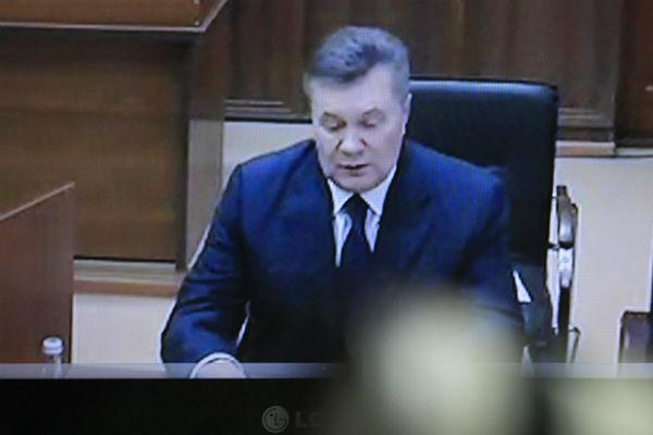 Янукович назвал мировым руководителям условие для проведения референдума остатусе Донбасса