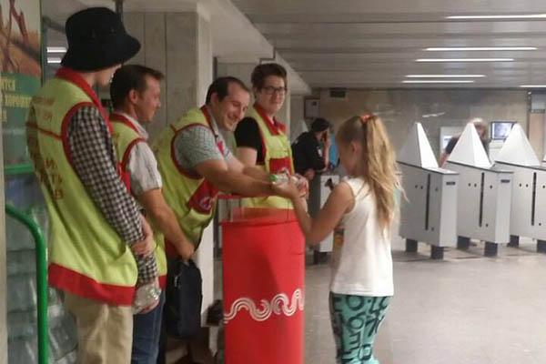 Службы метро работают вусиленном режиме из-за жары