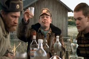 Медведеву предложили запретить показывать по ТВ распитие спиртного
