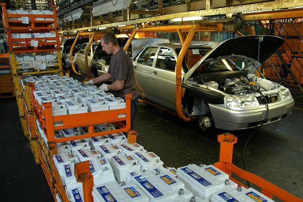 Автопром в 2017 году получит 62,3 млрд руб.
