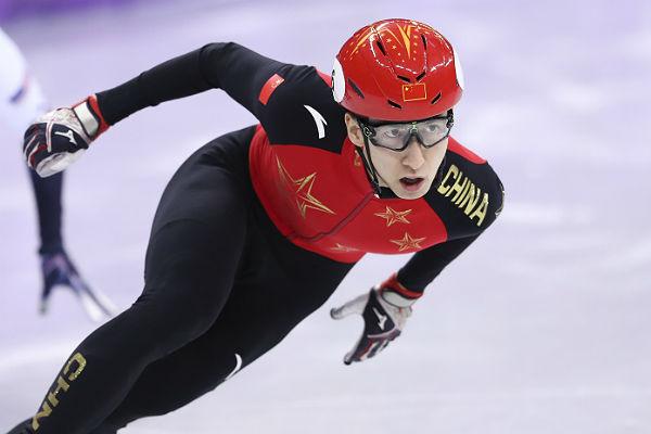 Китаец УДацзин одержал победу вшорт-треке смировым рекордом