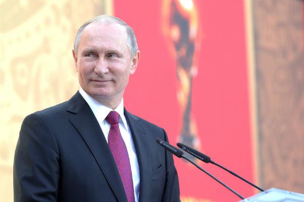 Президент Кыргызстана держит слово иидет доконца— Владимир Путин