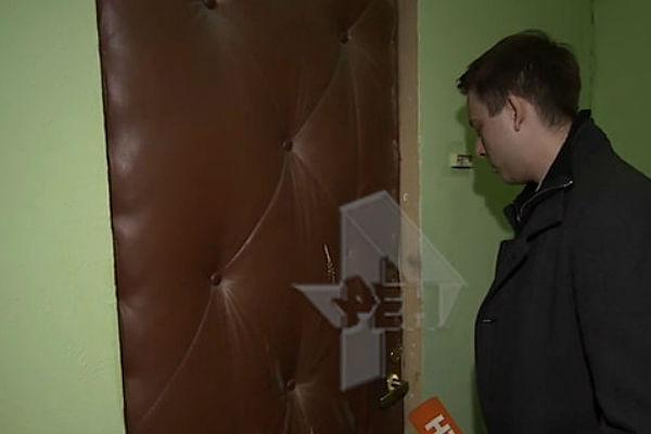 Москвичка 4 года держала своего сына взаперти