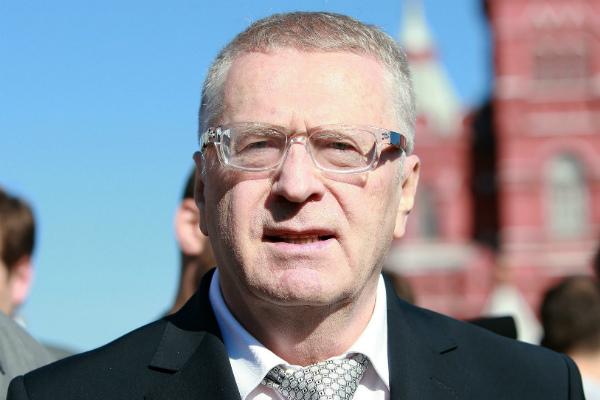 Жириновский предложил избранникам Думы скинуться помиллиону наего избирательную кампанию