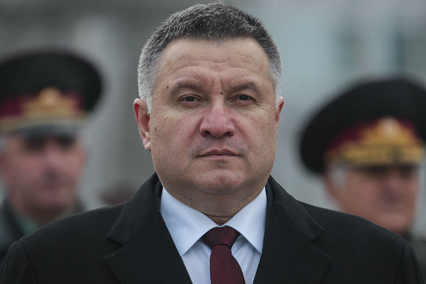 Милиция Украины получила 635 Митцубиси Outlander PHEV