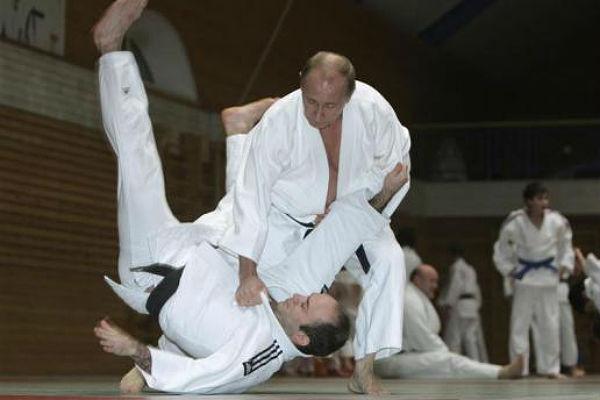 Стало известно, какими видами спорта любит заниматься Путин, кроме дзюдо