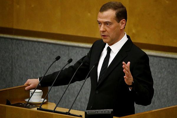 Владимир Путин провел рабочую встречу с Председателем Правительства Дмитрием Медведевым