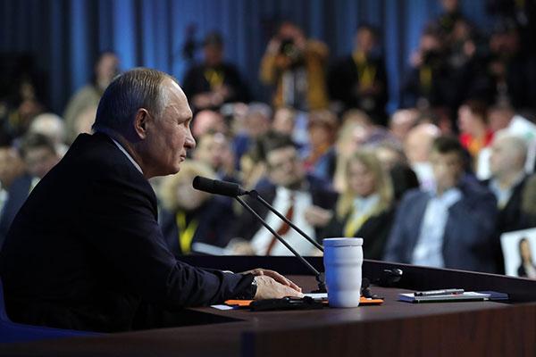 Рекорд устоял: Путин ответил на61 вопрос