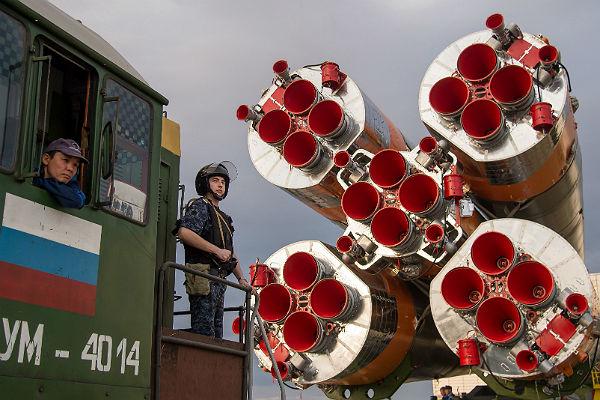 НаБайконуре подготовлена кстарту ракета скораблём «СоюзМС»