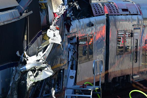 ВШвейцарии в итоге столкновения 2-х поездов пострадали 27 человек