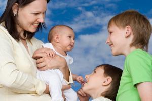 ДОГОВОР на оказание услуг по уходу за ребенком.