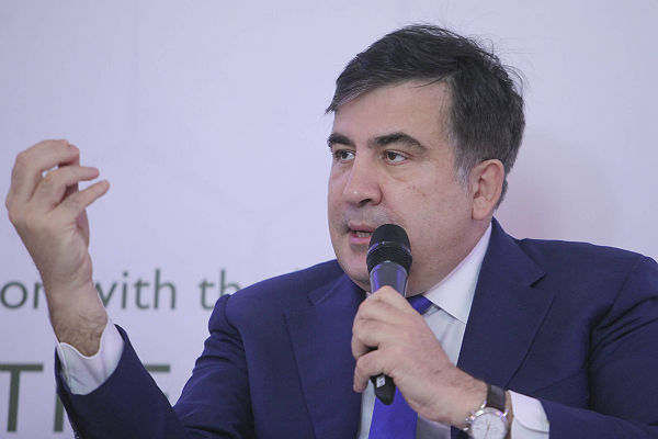 Саакашвили высказал все, что размышляет олишении его гражданства Грузии