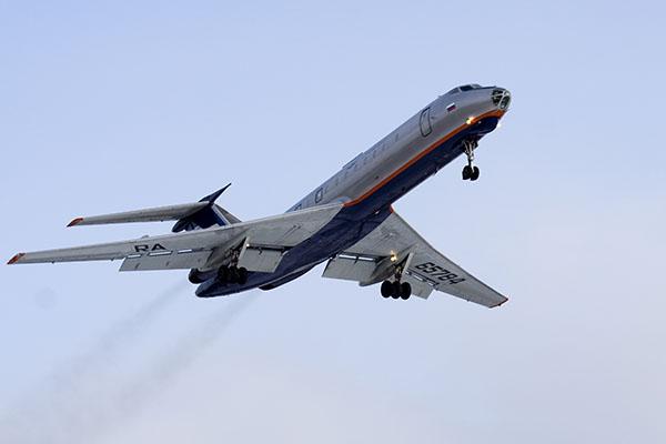 Самолет Минобороны потерпел крушение над темным морем