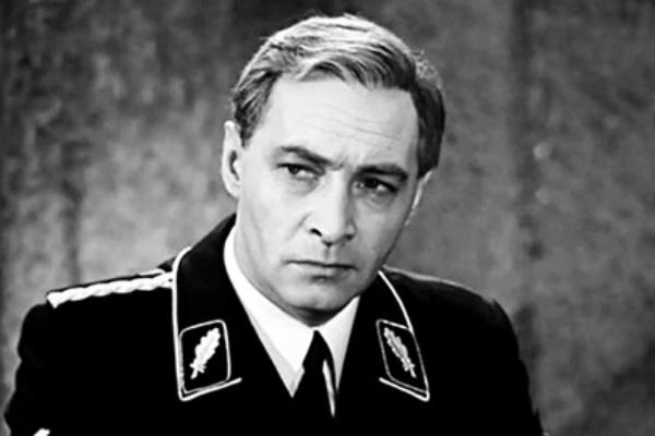 ВАнглии раскрыли главный секрет двадцатого века: Владимира Путина квласти привел Штирлиц