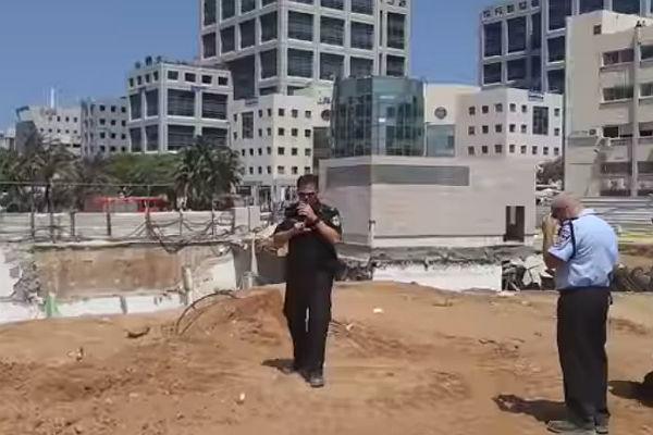 ВТель-Авиве рухнуло строение, умер человек