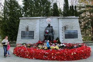 Бронзовый Солдат не забыт