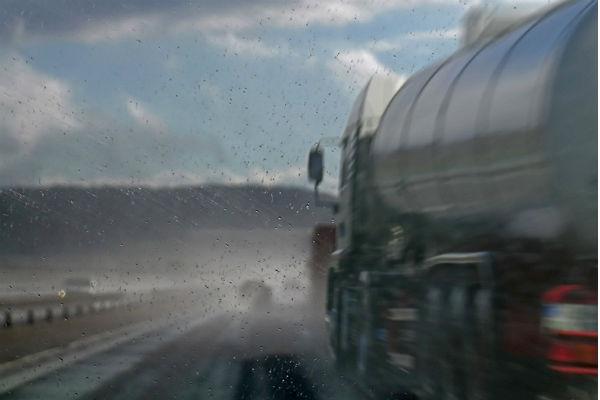 ВГермании из-за крупного ДТП произошла утечка соляной кислоты
