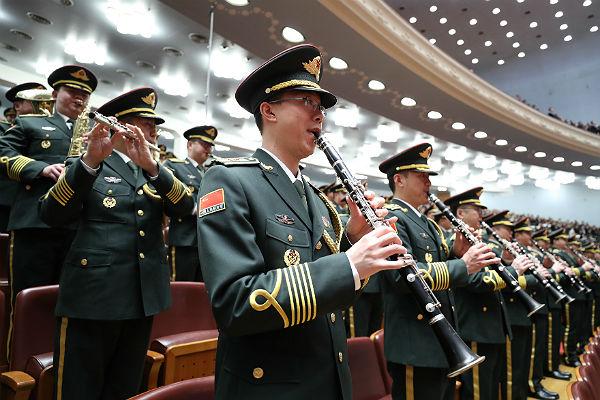 В КНР  введут уголовное наказание занеуважение кгимну
