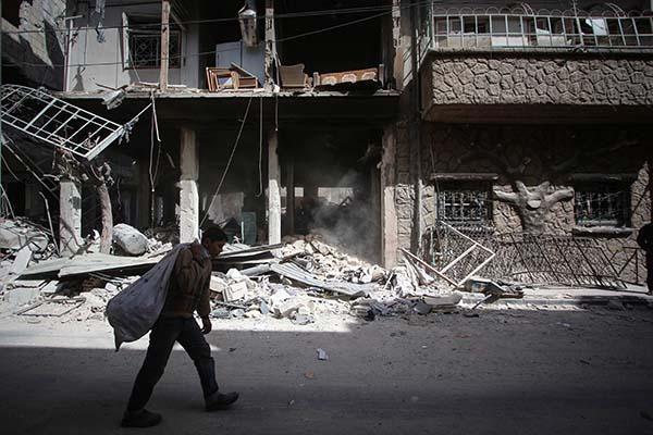 Российская Федерация иФранция совместно доставят гумпомощь всирийскую Думу