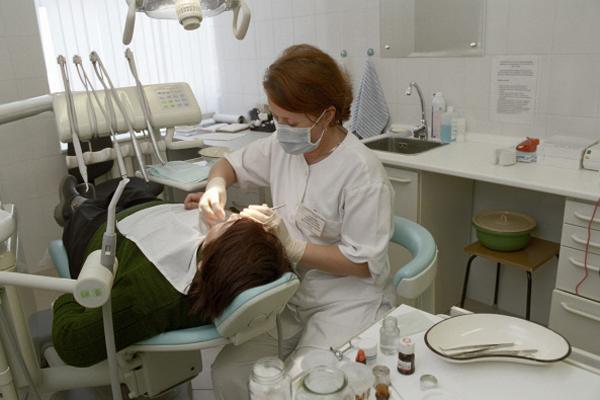 отбеливание зубов вредно ли для эмали
