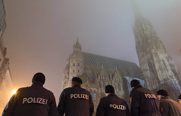 Милиция Австрии отпустила 20 выходцев изЧечни