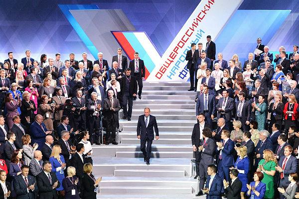 Члены инициативной группы поведали, почему поддержат самовыдвижение Владимира Путина