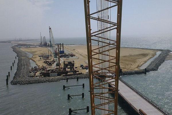 Названа сумма, которую Россия вложила в строительство моста в Крым