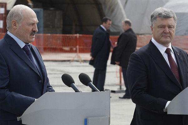 Порошенко: Минские договоренности являются безальтернативным планом мира вгосударстве Украина