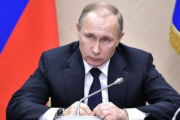 Путин сократил 16 генералов МВД, МЧС иСледкомаРФ