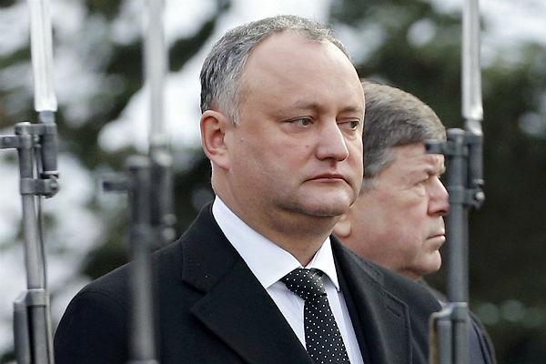Президент Молдавии после встречи сПутиным отказался признать Крым русским