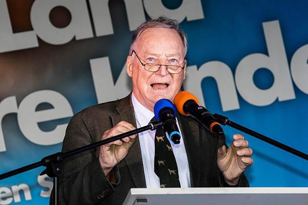 Лидер немецких евроскептиков объявил, чтоРФ никогда не возвратит Крым