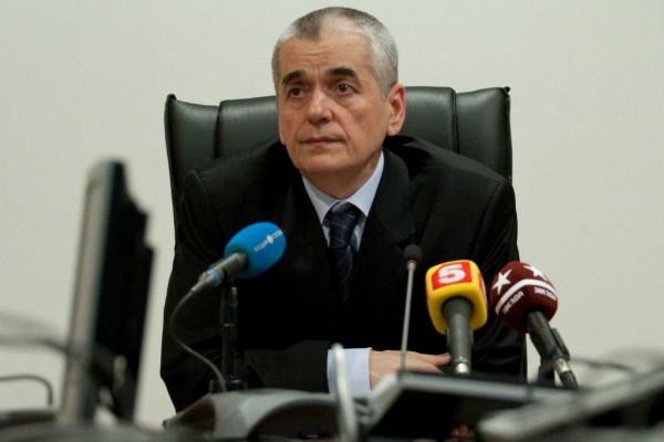 Онищенко предложил запретить вейпы