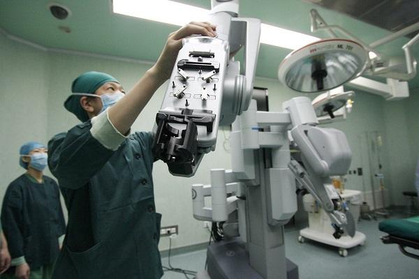 КНР отменил пошлину наввоз фармацевтических средств против рака