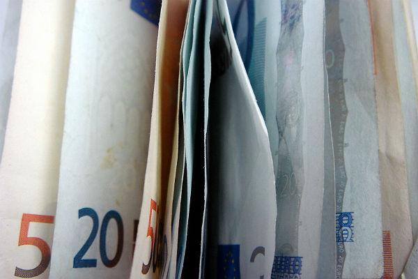 ЕСПЧ обязалРФ выплатить компенсации погибшим вЧечне в 2000г