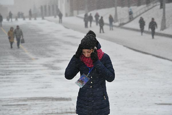 Штормовое предупреждение объявлено в российской столице из-за сильного ветра