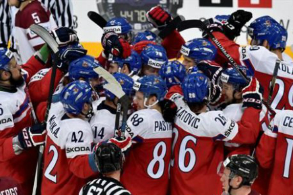 Россия потеряла шансы на первое место в группе после победы Чехии на ЧМ-2016