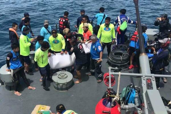 Илон Маск протестировал субмарину для спасения детей изпещеры Таиланда